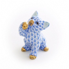Herend Porcelain Fishnet Figurine of a Curious Cat